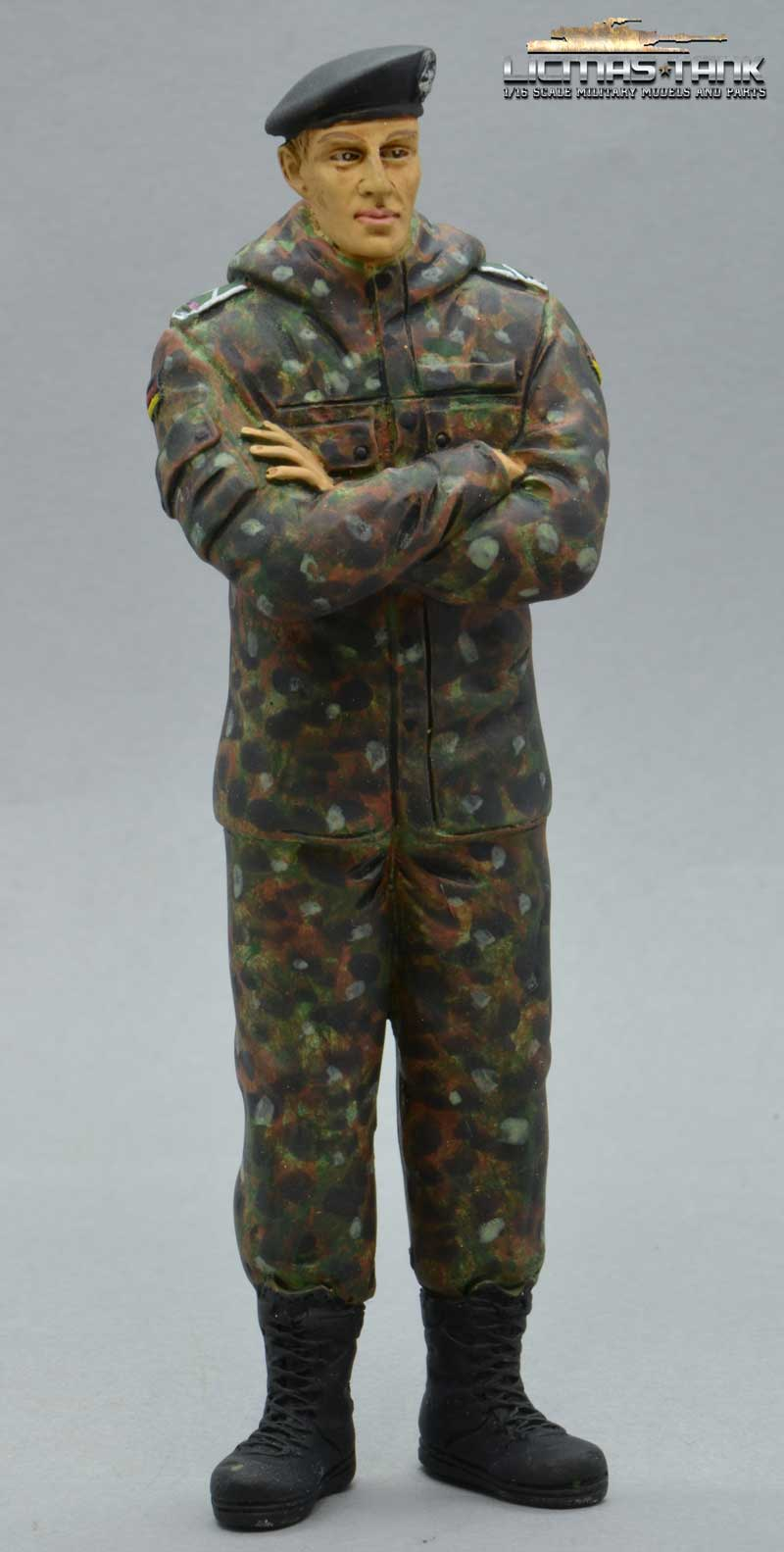 Figur Bundeswehr Soldat Panzertruppe Maßstab 1:16 Flecktarn