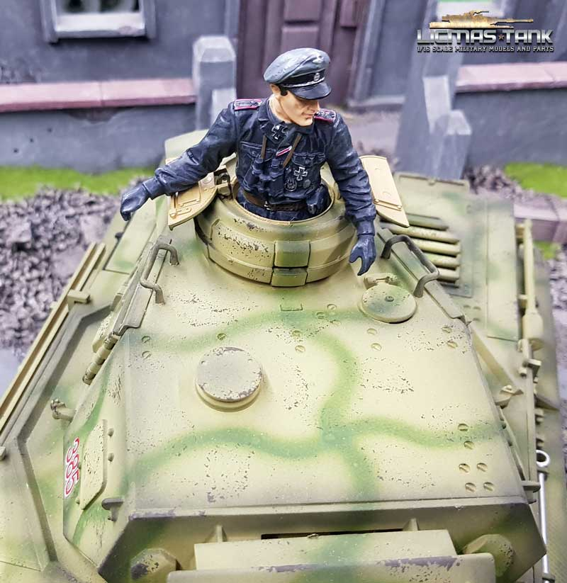 german tank commander licmas-tank f1007 military ww2