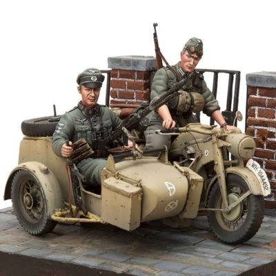 Motorcycle Zündapp KS-750 with Sidecar & 2 Troopers Model Kit - Scale 1/16 (SOL Model)