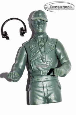 Super saver offer: 3 x Heng Long figure tank commander made of plastic - un-painted - scale 1/16
