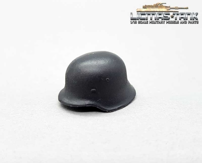 German Wehrmacht Helmet M42 made of metal 1:16 licmas tank