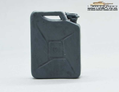 Gasoline Can Wehrmacht grey Scale 1:16