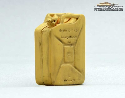 Jerrycan Wehrmacht plastic with font Desert licmas tank 1:16