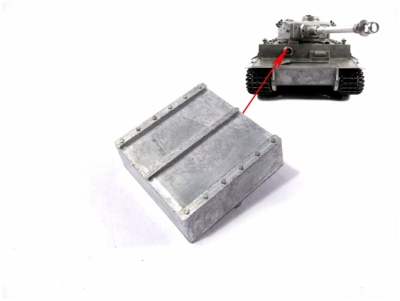 1:16 Tiger 1 Upper Hull Metal Tool Box