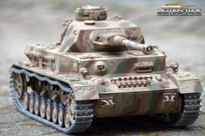 Panzer 4 - PzKpfw IV. Ausf. G IR-Battle with wooden box