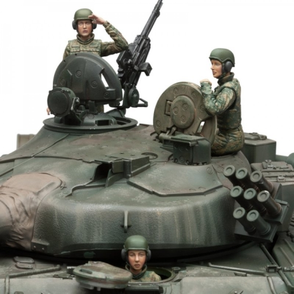Russian Female Tank Crew Set Model Kit (SOL Model) Scale 1/16