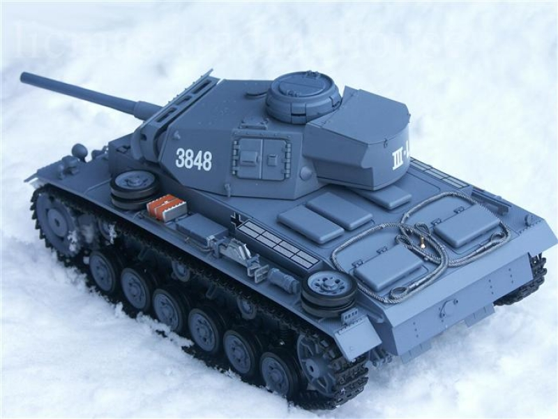 RC Tank 3 Ausf. L 2.4 GHz Grey With Smoke & Sound Heng Long