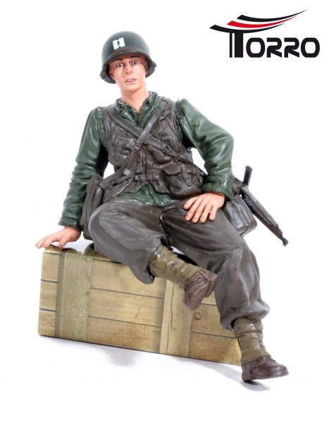 1/16 U.S. Figure Captain Infantry Sitting