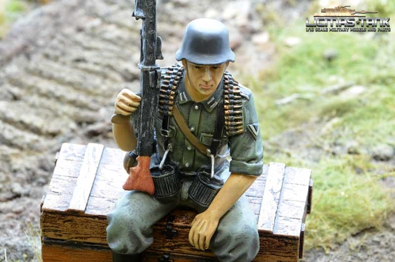 german tank rider mg42 licmas-tank
