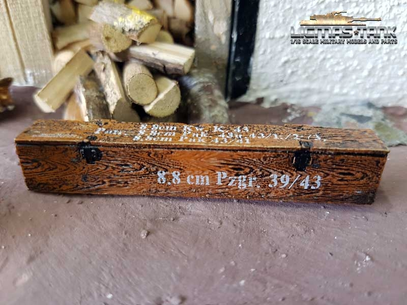 ammo box  loam brown 8.8cm Kw. K.43 scale 1:16