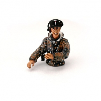 1/16 Half Figure German Tank Commander - summer camouflage