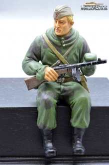 1/16 Figure Soldier WW2 russian Scout with PPSh-41 Tankrider Amobea Pattern green