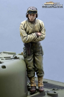 1/16 Figure U.S. Tank Crew WW2 Soldier with crossed Arms