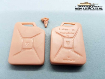KIT Jerrycan Wehrmacht plastic with font licmas tank 1:16