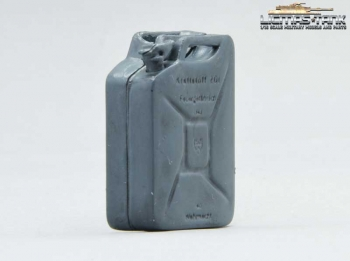 Jerrycan Wehrmacht plastic with font grey licmas tank 1:16