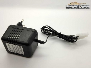 charger for all HENG LONG tank 1:16 with TAMIYA connector 7.2 V 400mA